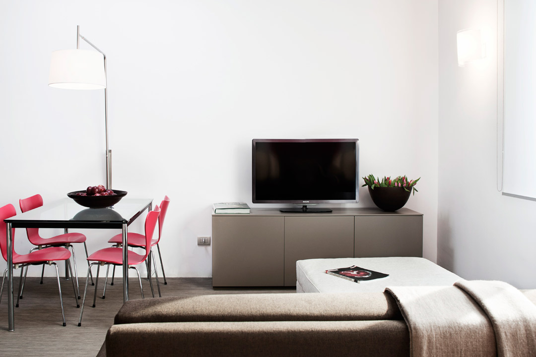 http://www.zambala.it/wp-content/uploads/2015/04/Luxury-apartment021.jpg